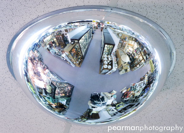 Antique World | ©2009 PEARMANPHOTOGRAPHY