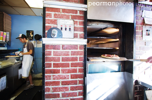 Flying Pie Pizzaria | ©2009 PEARMANPHOTOGRAPHY